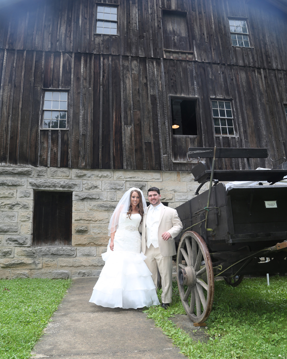 Abandoned Places In Greensburg Pa: Betsy's Barn Wedding Photography